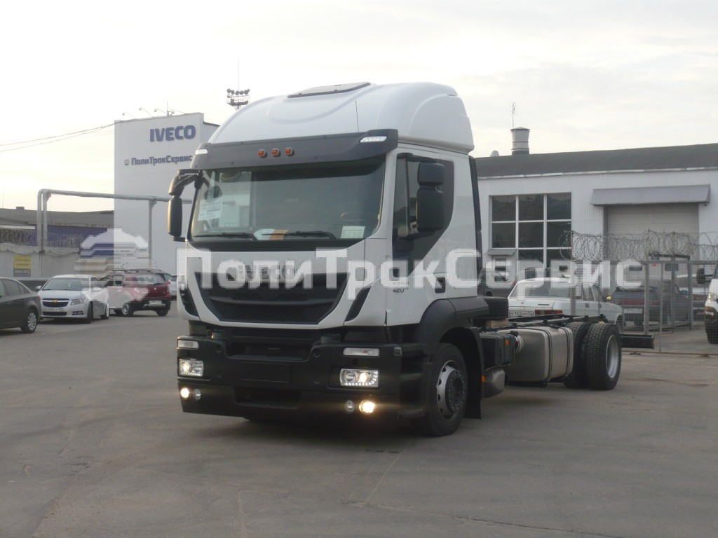 <h2>Шасси Iveco Stralis Hi-Road AT190S42P</h2>